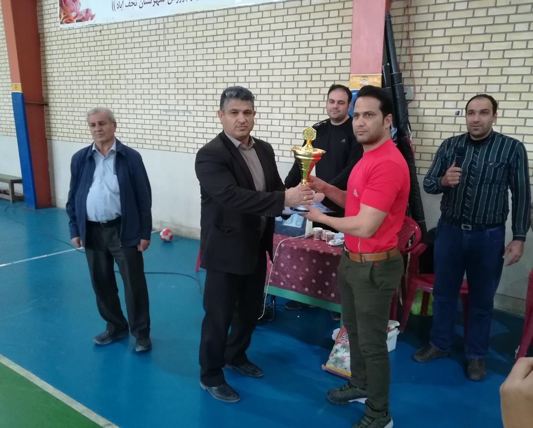 برگزاری مسابقات هندبال متوسطه اول پسران مدارس نجف آباد سال تحصیلی ۹۹-۹۸